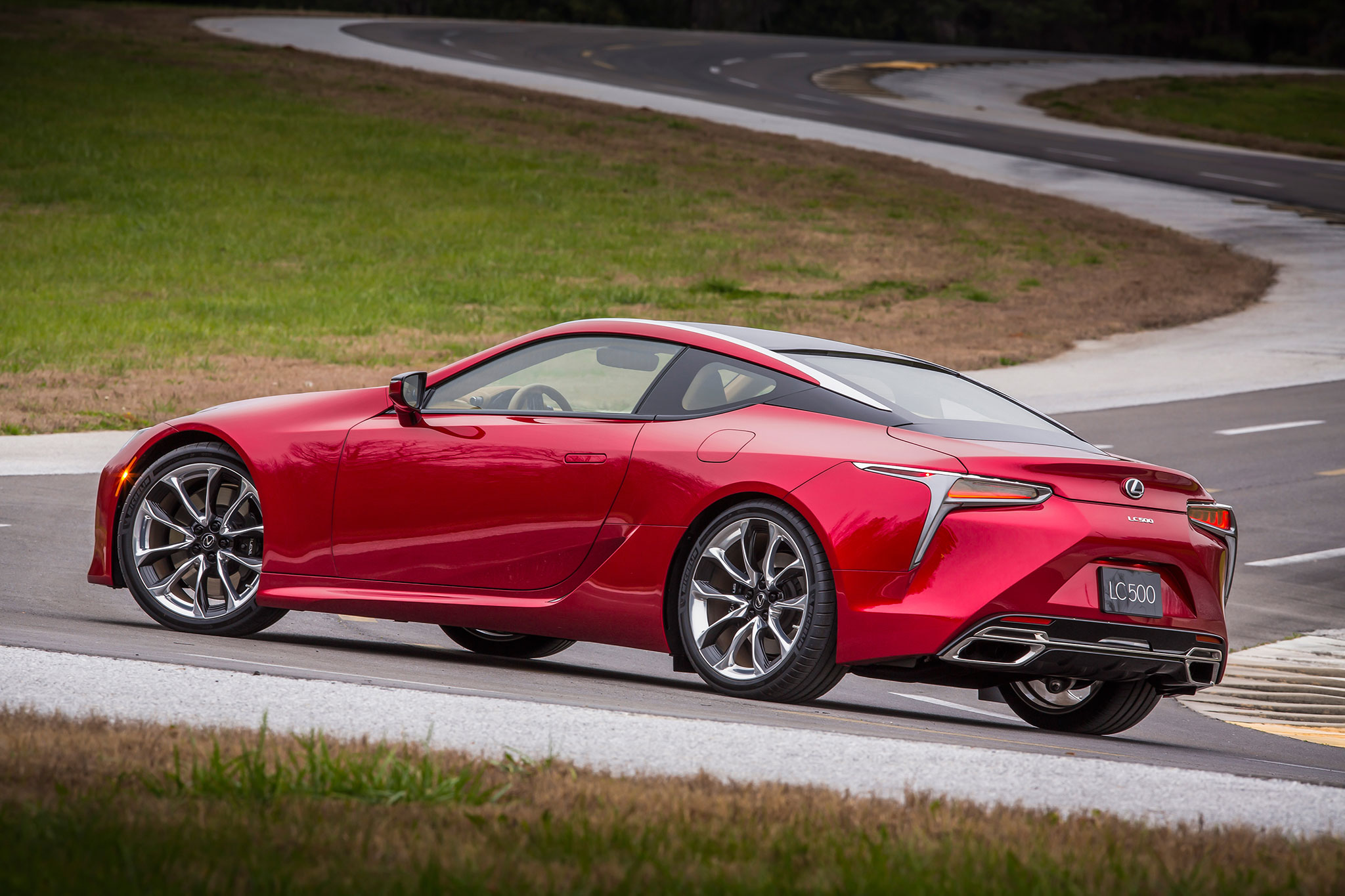 2018 Lexus LC 500 rear three quarter 01