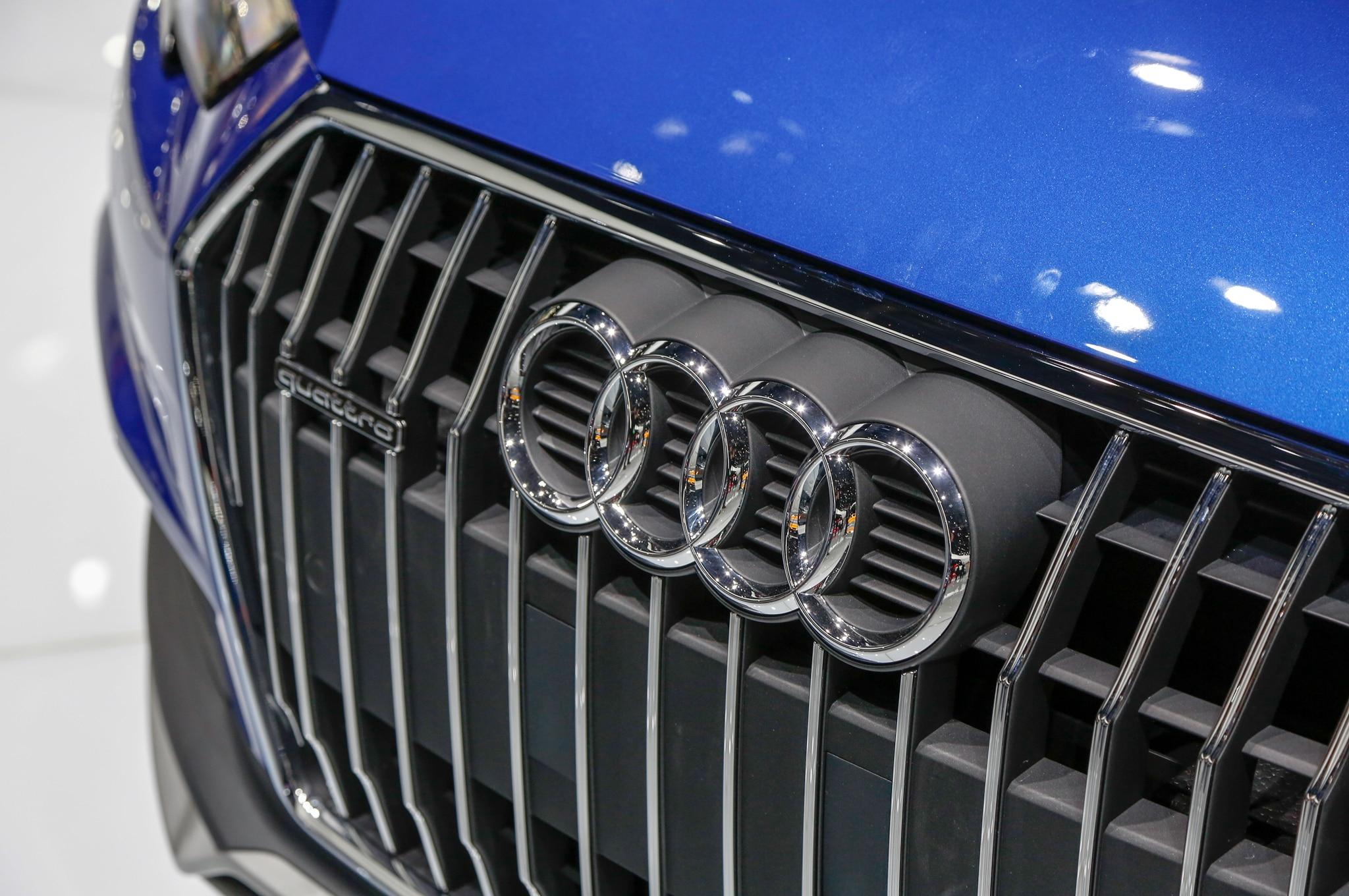 Audi A4 Allroad Quattro Grille1