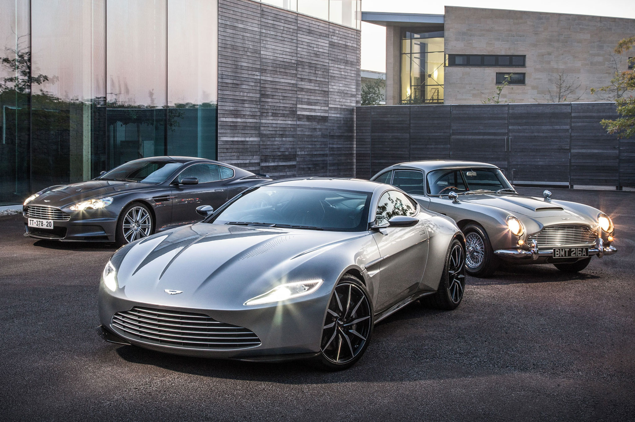 """Aston Martin DB10 From """"Spectre"""" Headed To Charity Auction"""