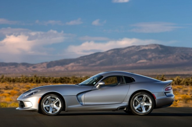 2015 Dodge Viper SRT side profile