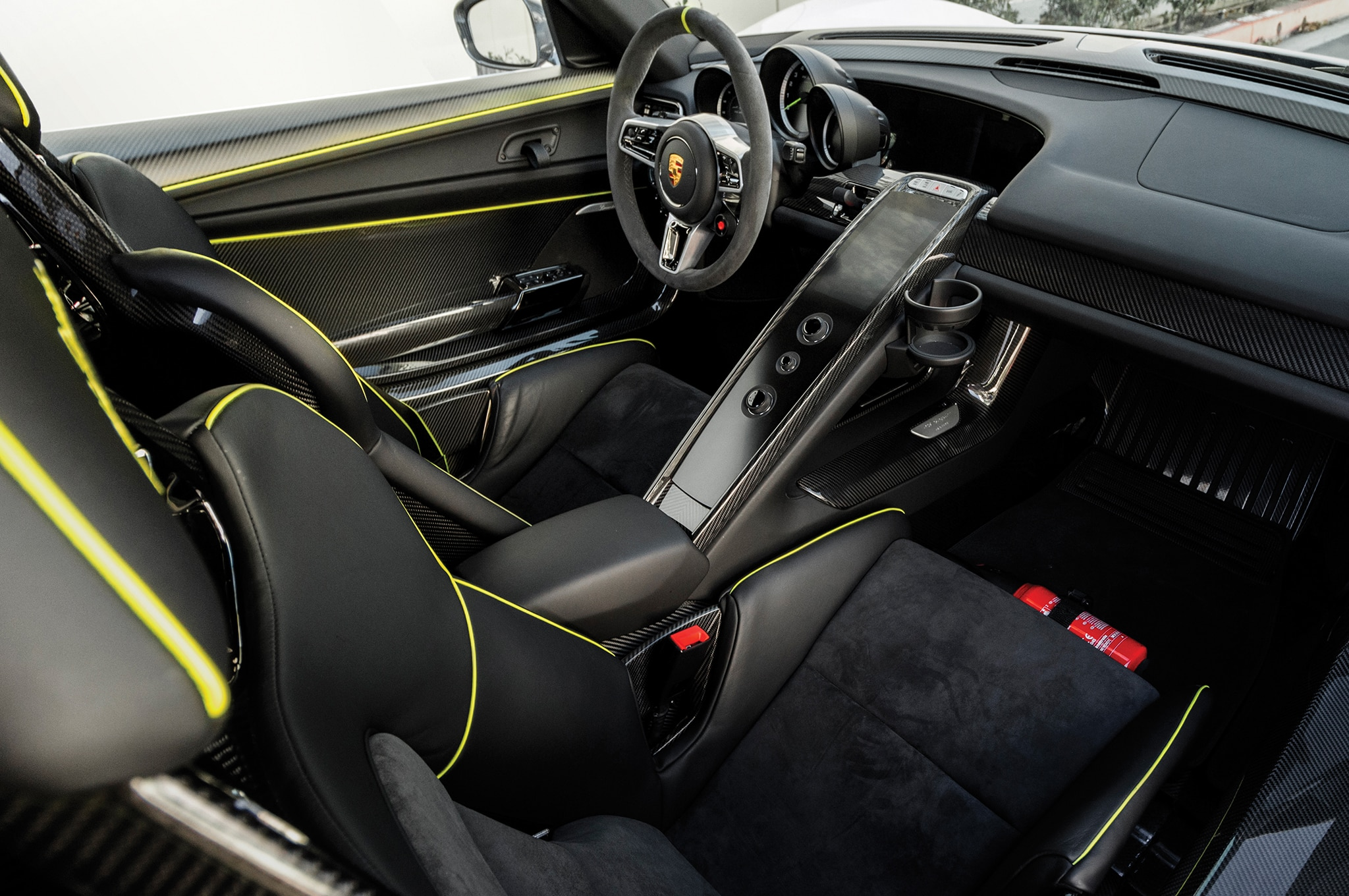 Supercars in Scottsdale: The Crazy Prices for Modern Cars ...  Porsche 918 Spyder 2015 Interior