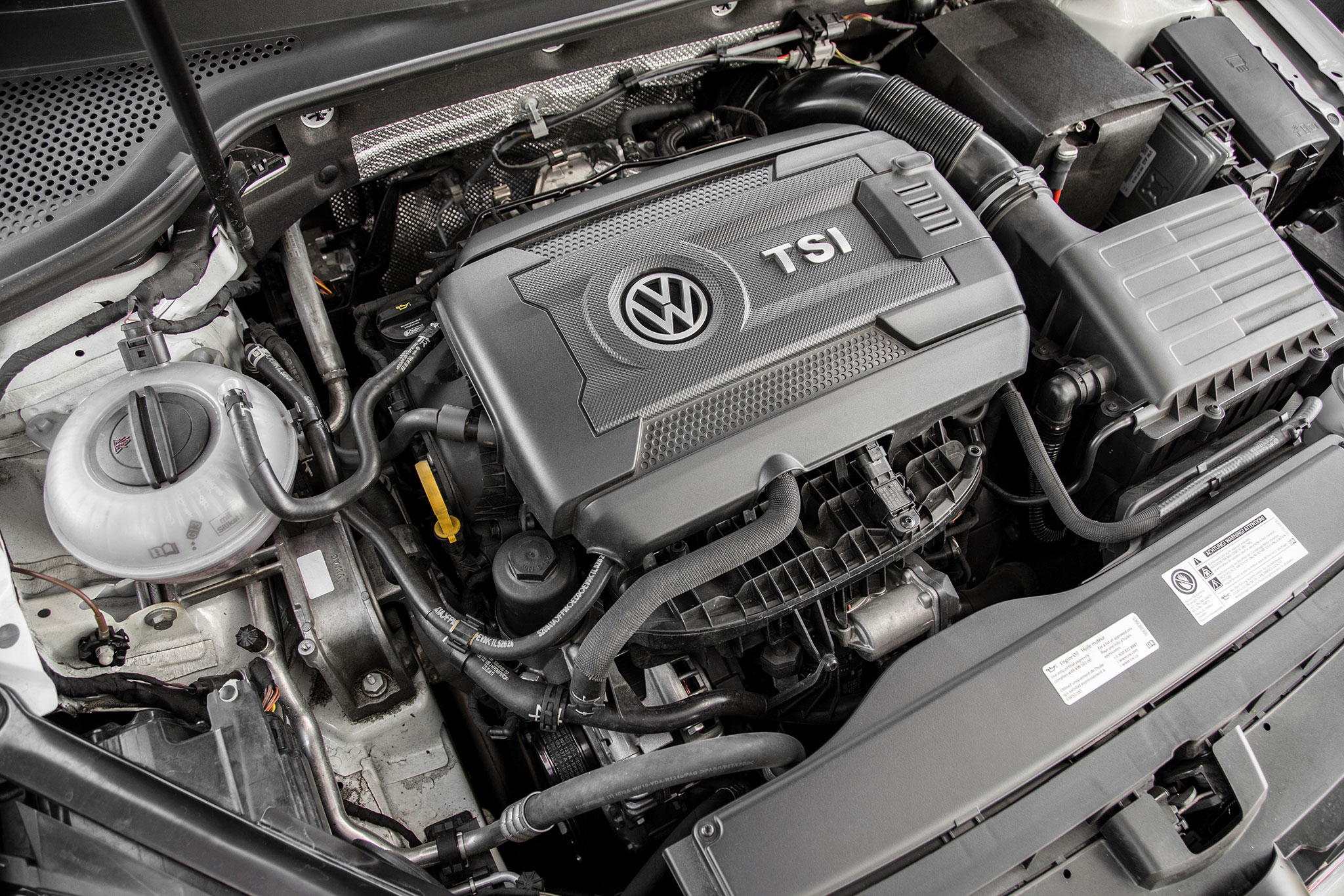 2015 volkswagen golf gti four seasons wrap up automobile magazine rh automobilemag com Volkswagen Golf R32 2016 Volkswagen Golf R