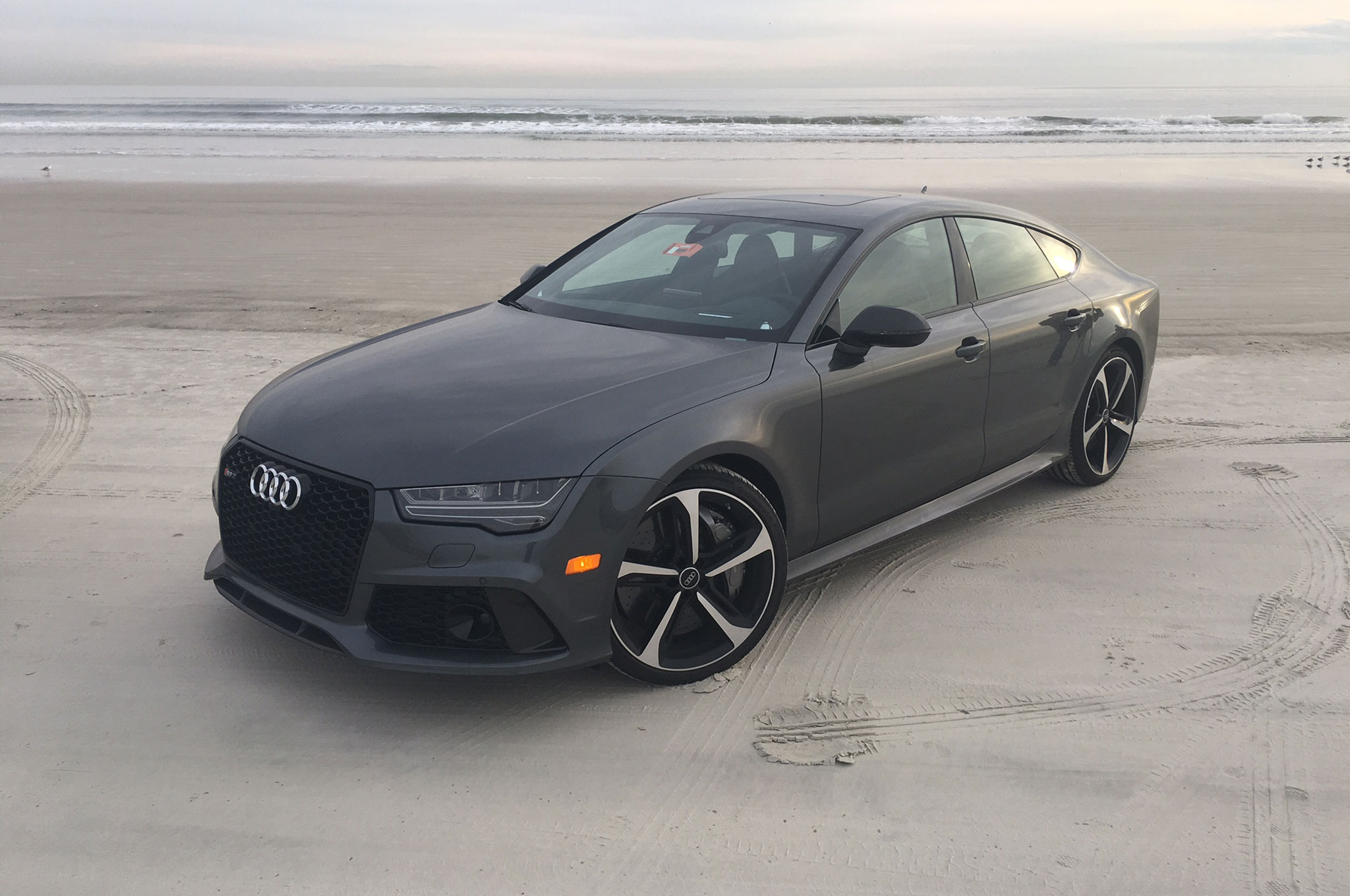 2016 audi rs 7 performance and s8 plus review. Black Bedroom Furniture Sets. Home Design Ideas