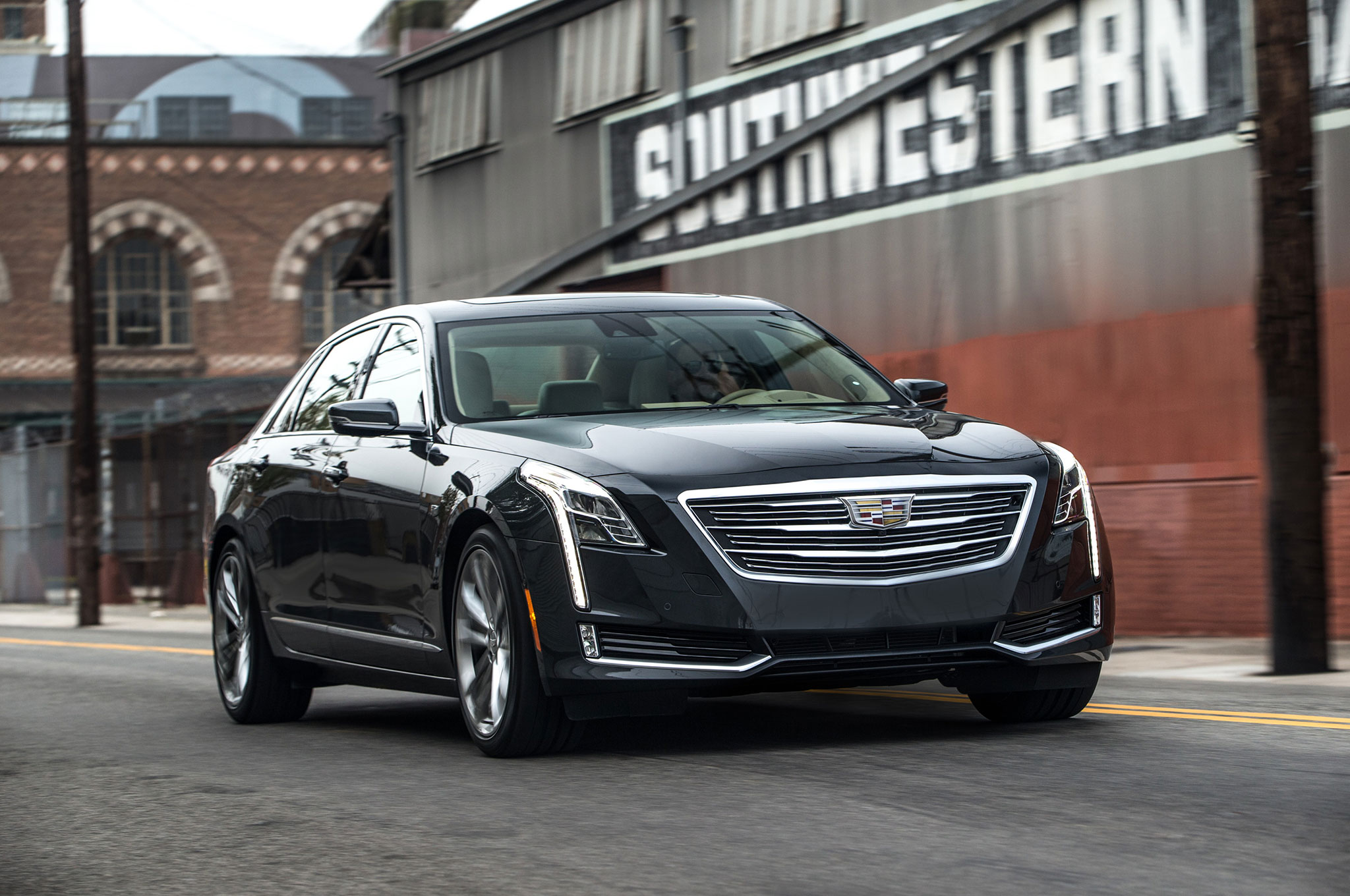 2016 Cadillac CT6 Front Three Quarter In Motion 01