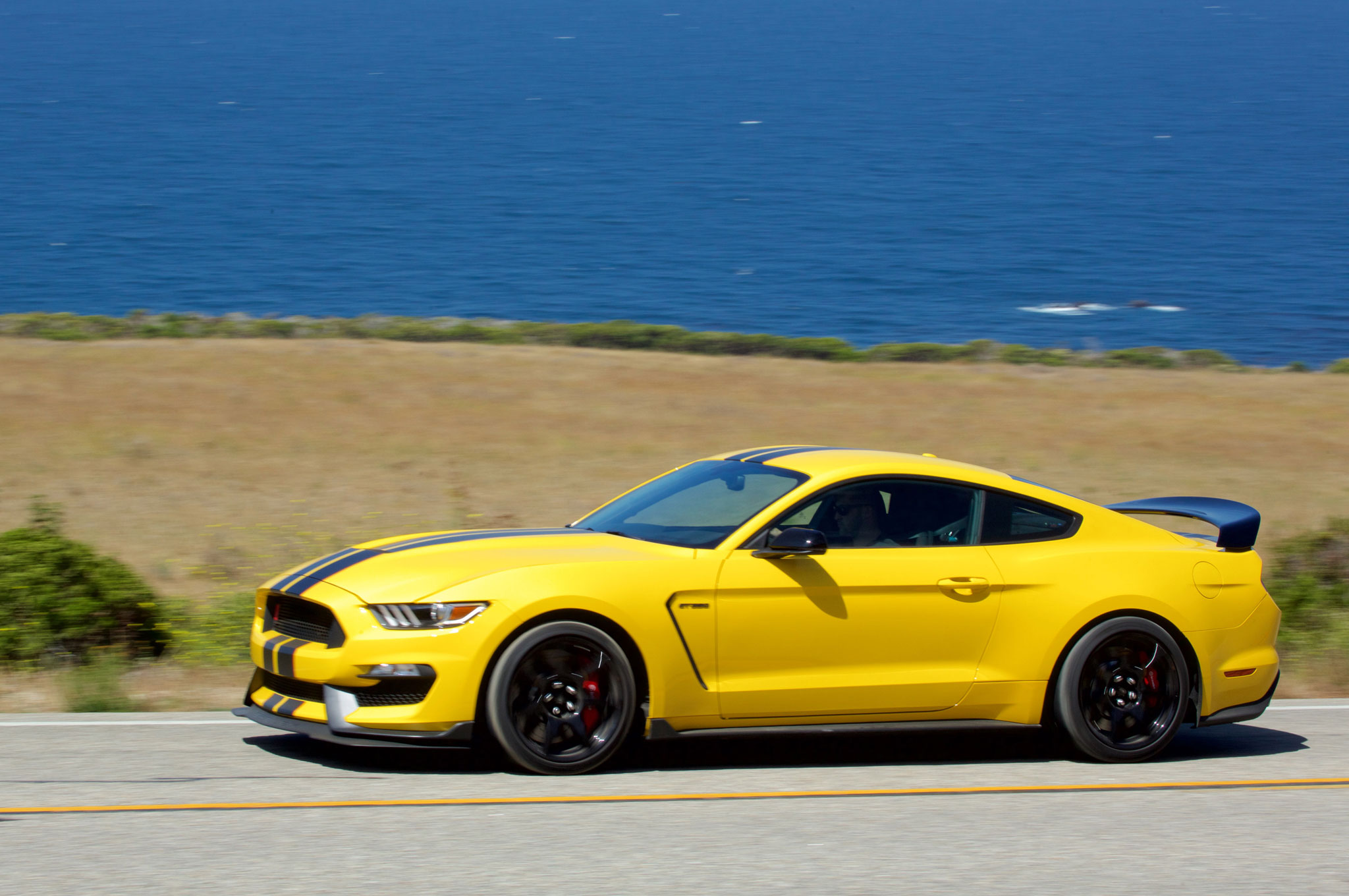 Gt350r Review >> 2017 Ford Shelby GT350 One Week Review | Automobile Magazine