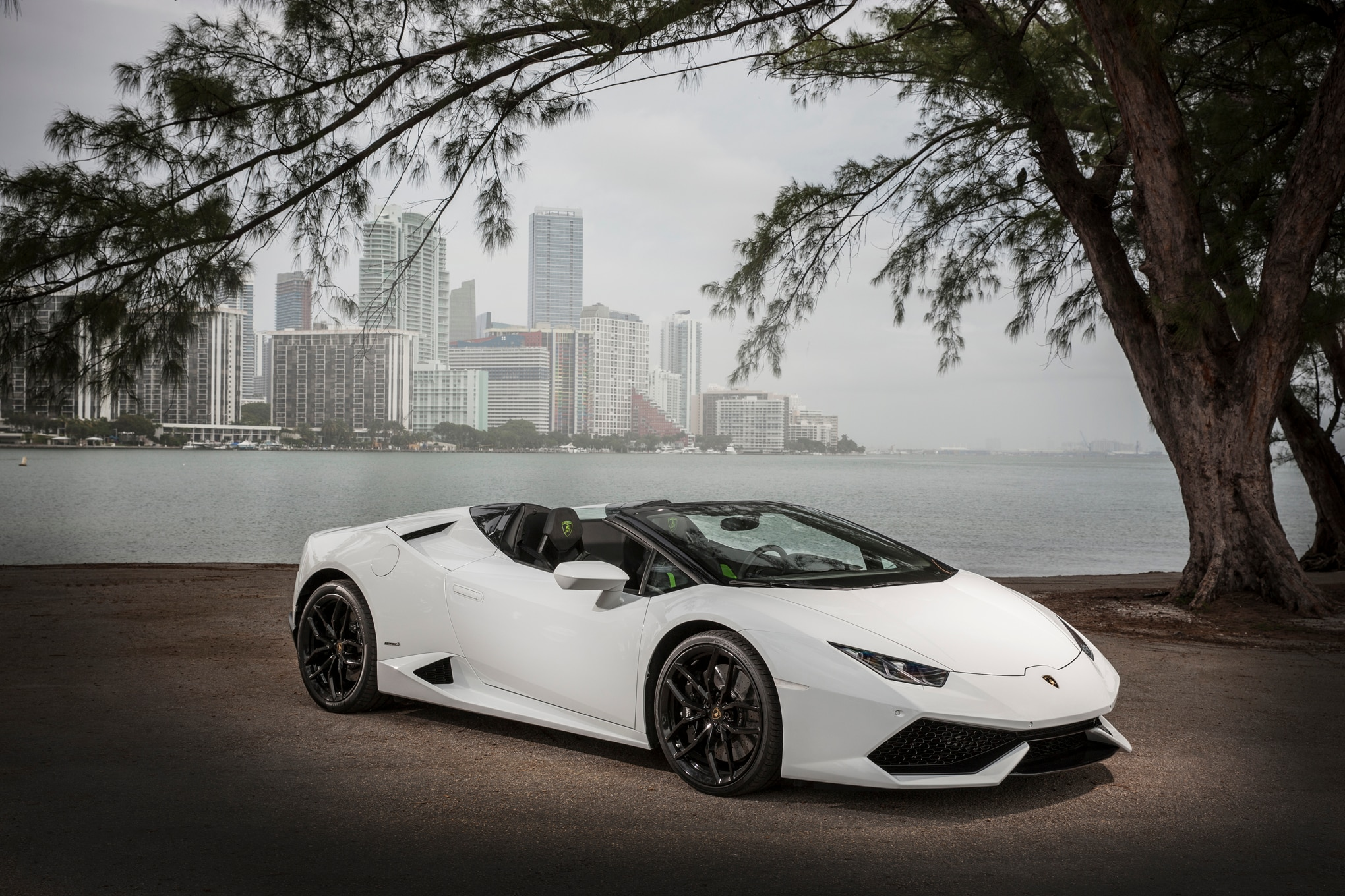 2016 lamborghini huracan spyder review | automobile magazine