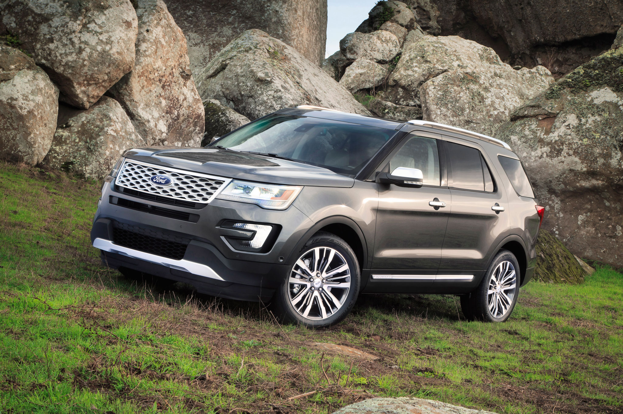 one week with: 2016 ford explorer platinum
