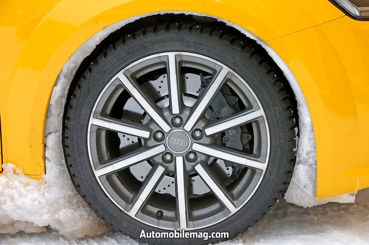 Audi TT RS spyshot wheel