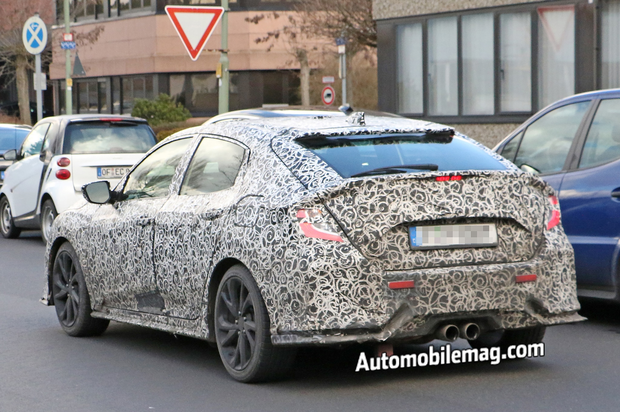2017 Honda Civic Hatchback Spied With Rear Liftback Dual Exhausts: 2016 Civic Dual Exhaust At Woreks.co