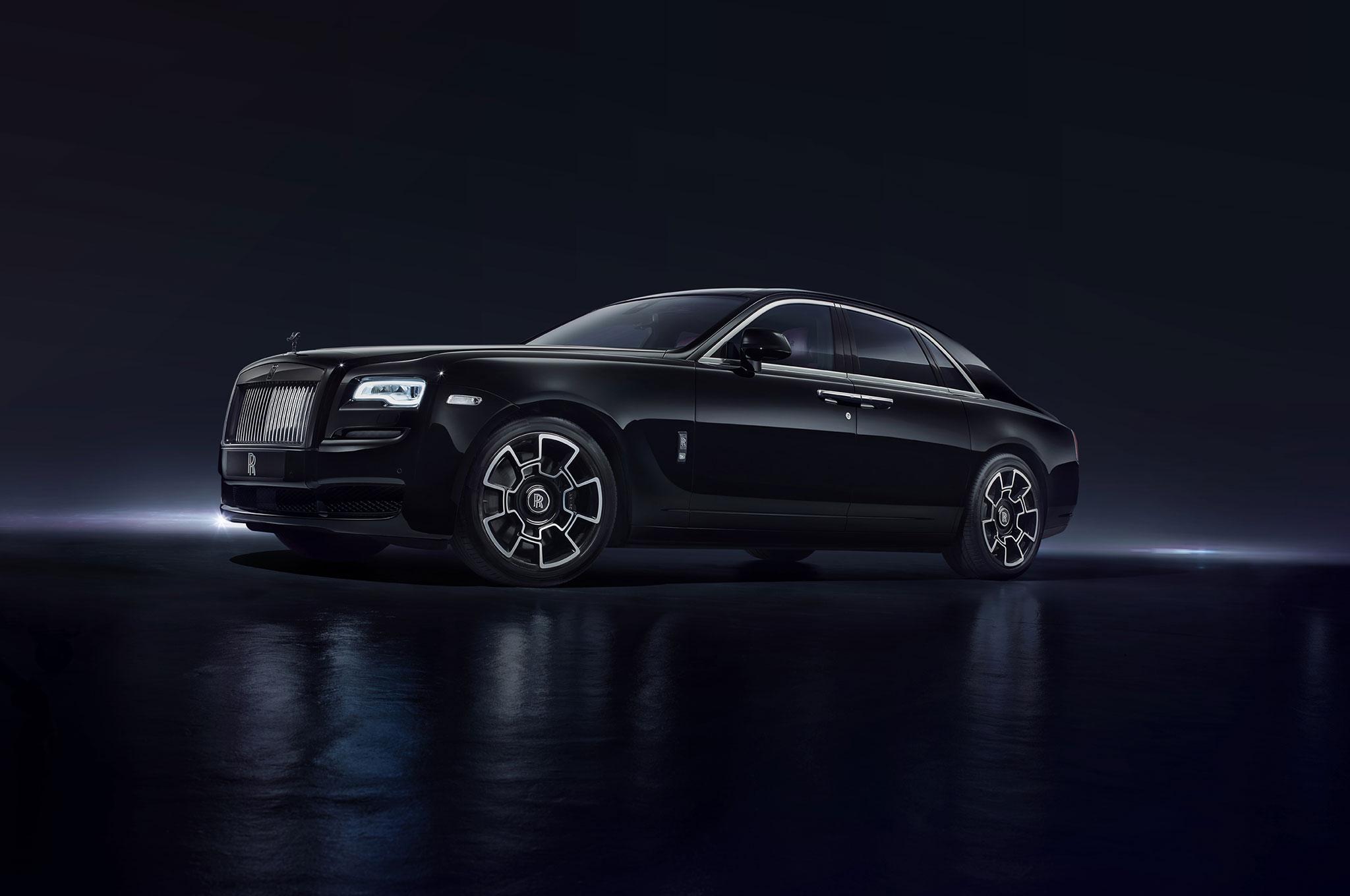 Rolls-Royce Launches Statement-Making Black Badge at Geneva