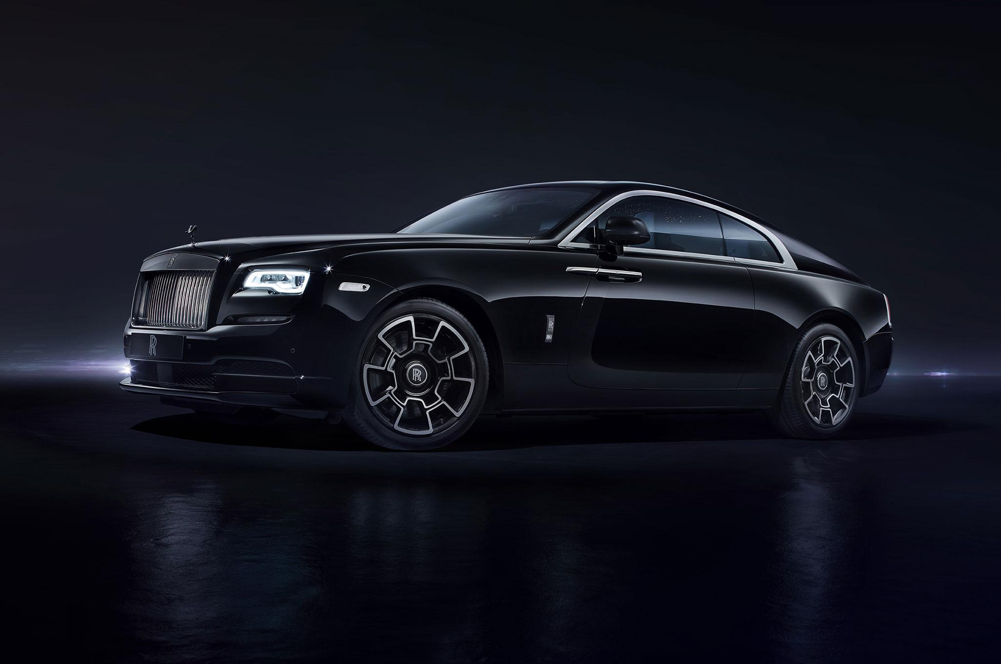 Rolls Royce Wraith Black Badge Front Three Quarter 02