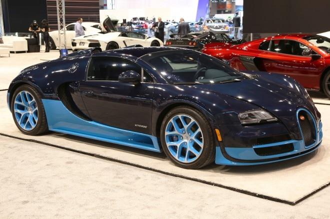 bugatti veyron chicago auto show