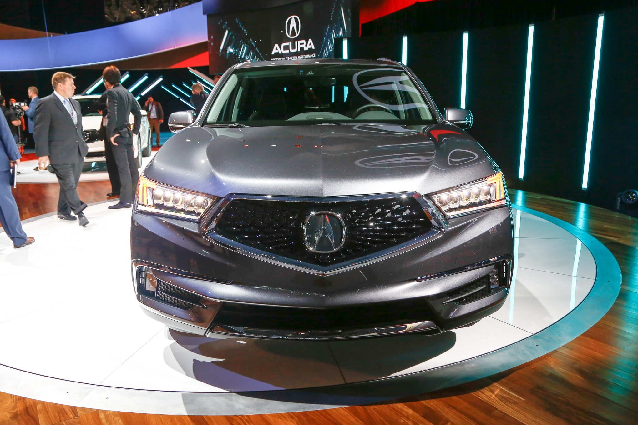 Acura MDX Debuts New Nose Sport Hybrid Model For New York - Acura mdx front grill