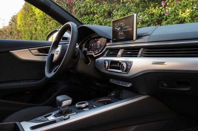2017 Audi A4 20T quattro cabin 06