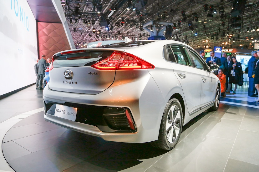 An In-Depth Look at the 2017 Hyundai Ioniq Hybrid, Plug-in, and