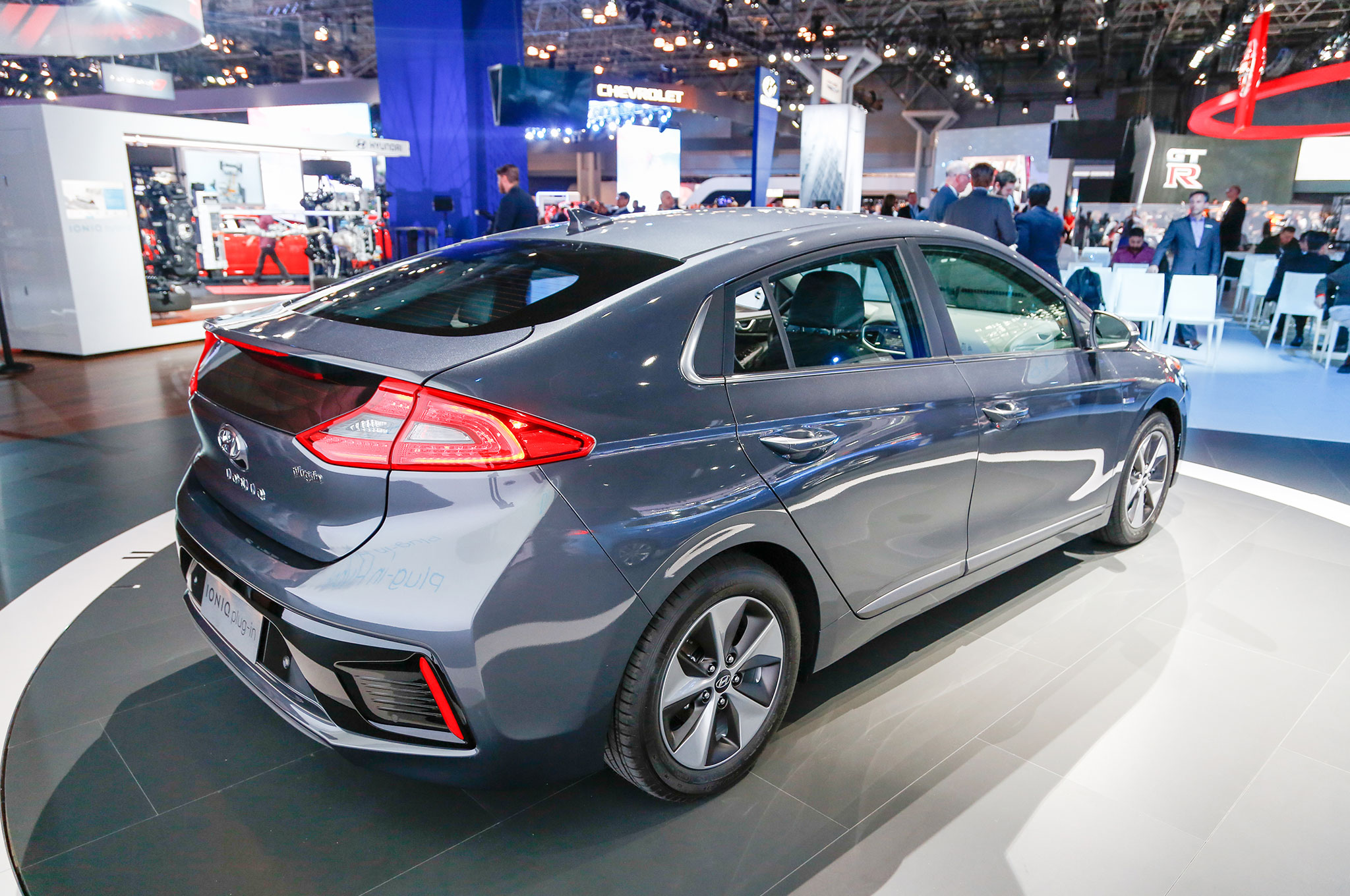 An In Depth Look At The 2017 Hyundai Ioniq Hybrid Plug In And