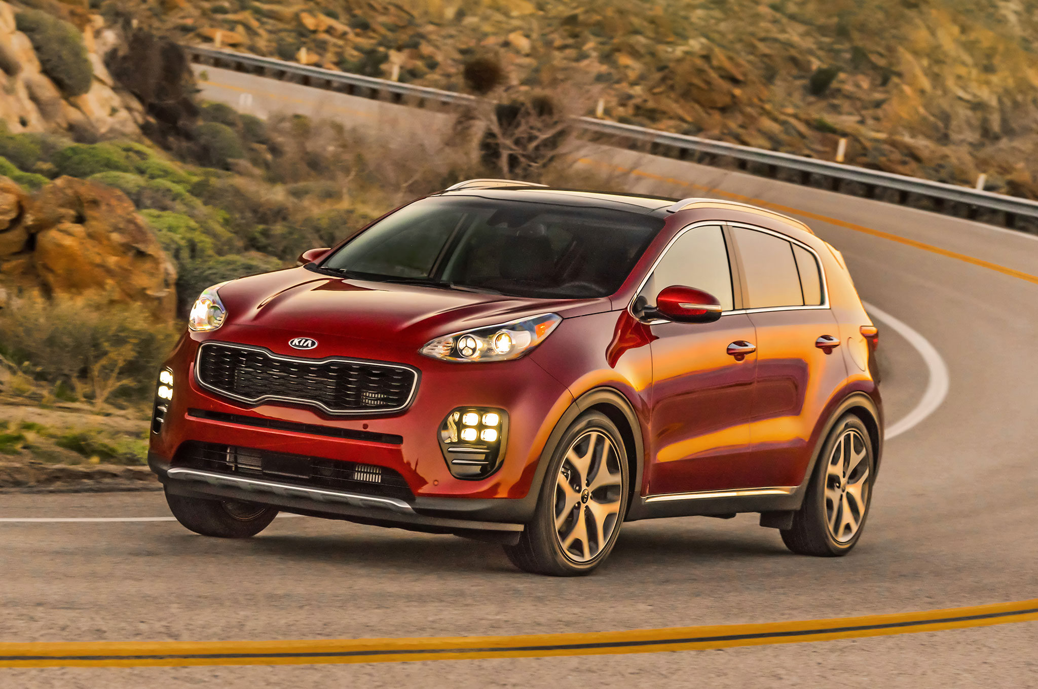 2017 Kia Sportage SX Turbo Front Three Quarter In Motion 01