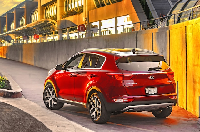Based On Essentially The Same Platform As New Hyundai Tucson Sportage Attempts To Bring A Mix Of Style Fun And Practicality Often Staid