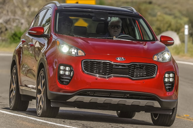 2017 Kia Sportage Front View In Motion 04
