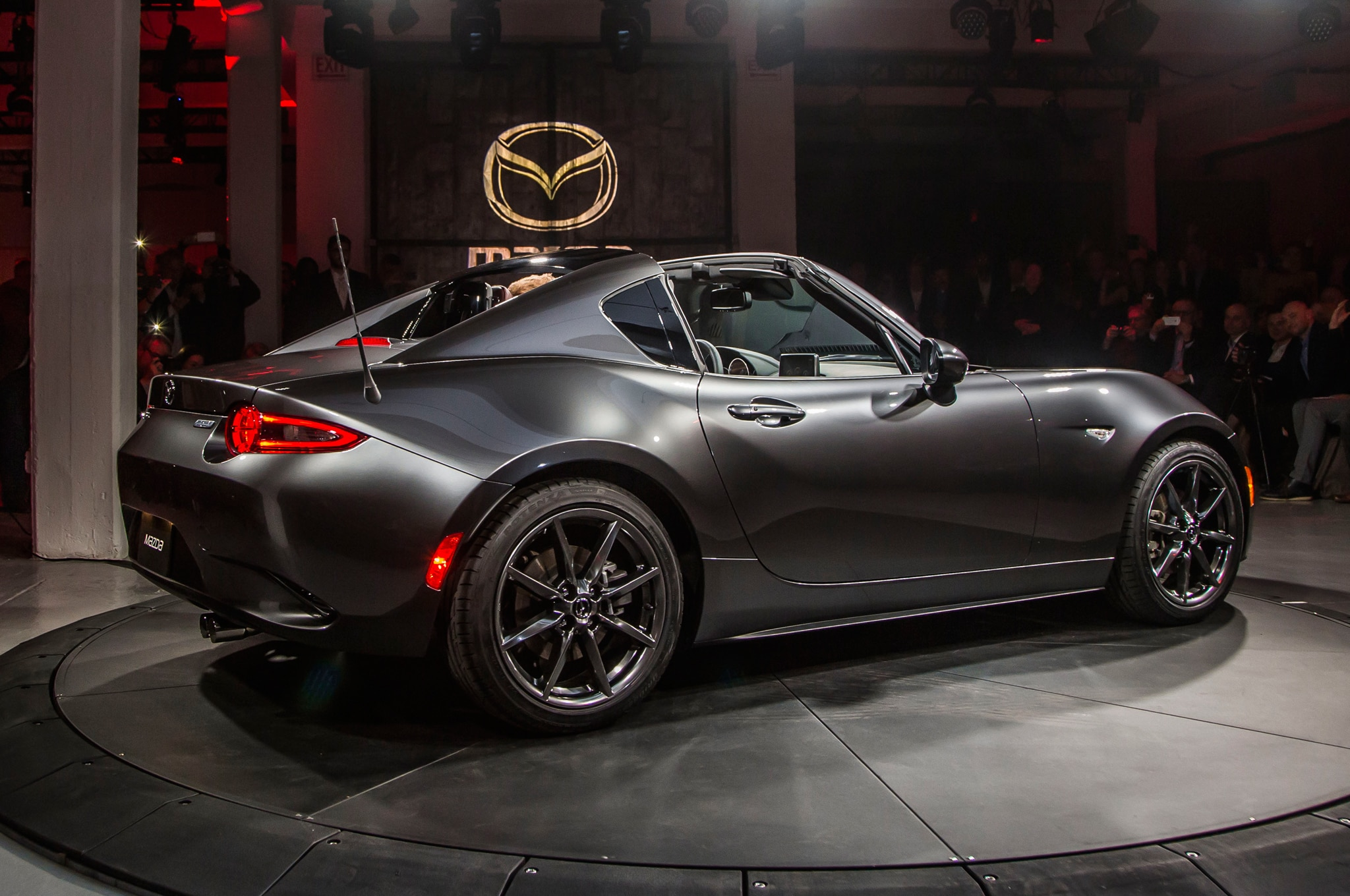 5 Things To Know About The 2017 Mazda Mx 5 Miata Rf Automobile