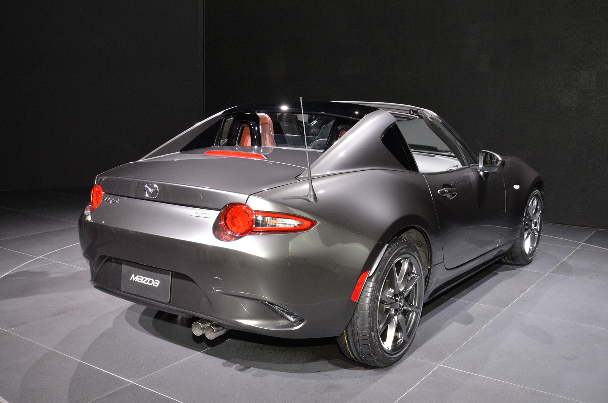 2017 Mazda Mx 5 Miata Rf Exclusive Features Revealed