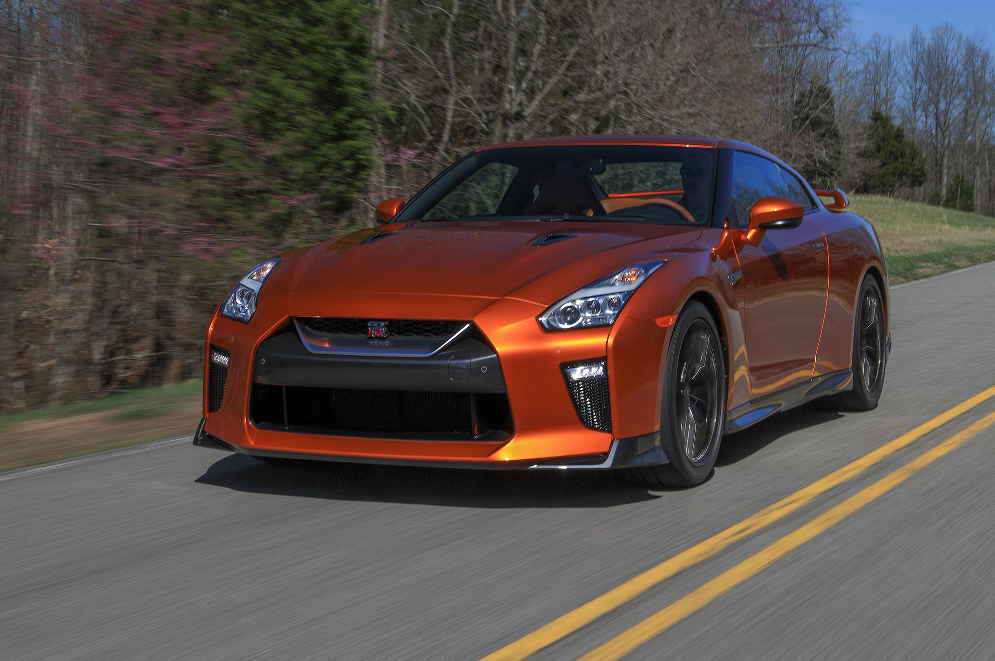 2017 nissan gt r the refreshed r35 5 debuts in new york. Black Bedroom Furniture Sets. Home Design Ideas