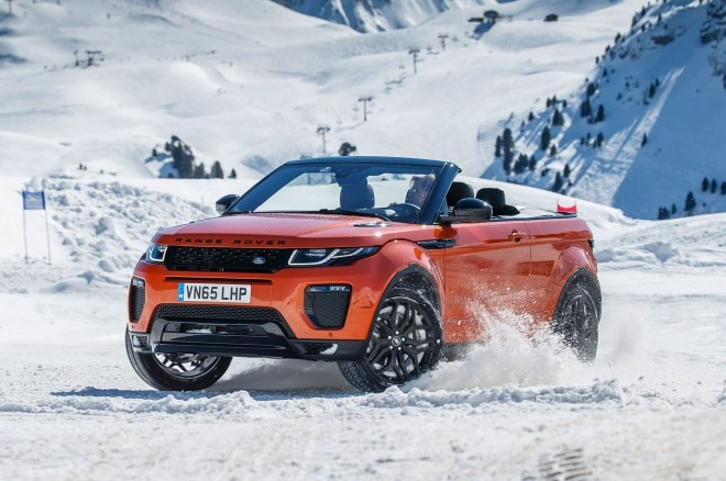 2017 Range Rover Evoque Convertible front three quarter on snow 07