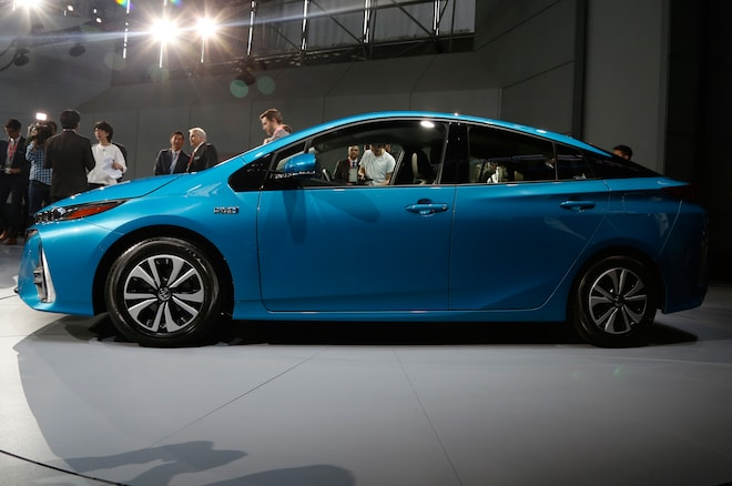 5 Things To Know About The 2017 Toyota Prius Prime Plug In Hybrid