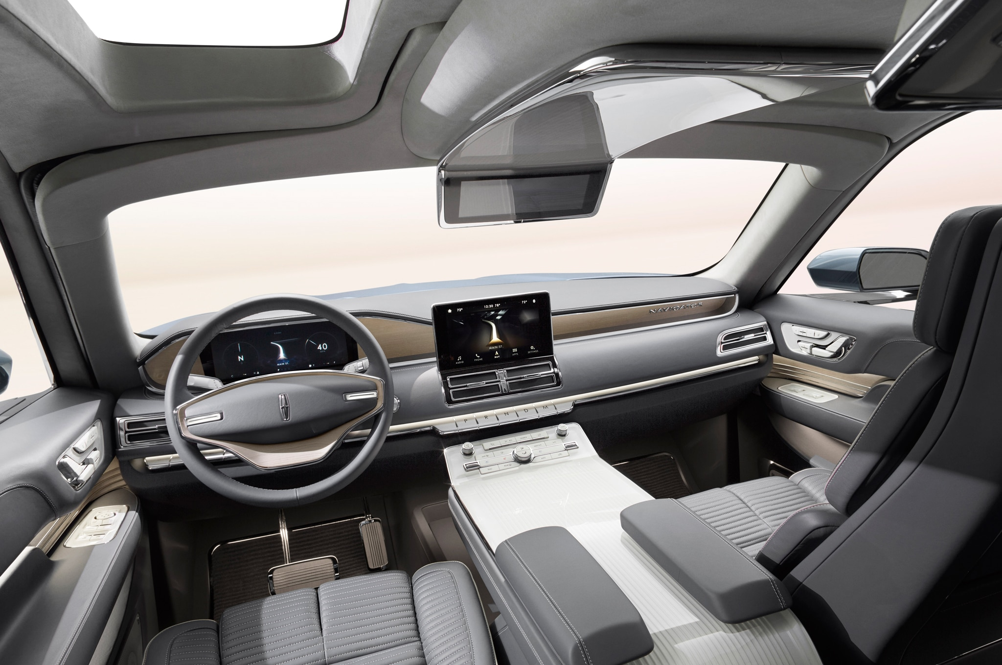 lincoln navigator concept interior future gullwing york shows panel bold auto st production into horsepower previewed dramatic evolves tuned stay