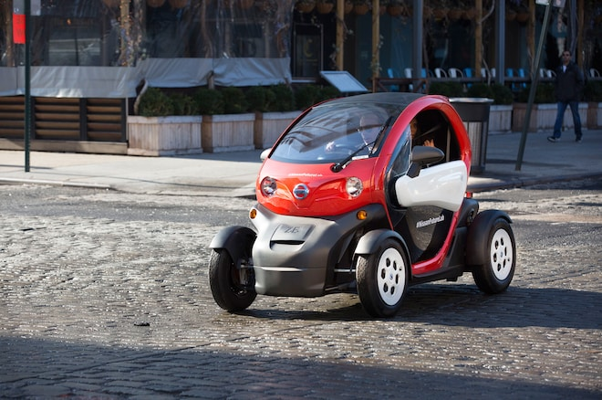 Nissan New Mobility Concept Front Three Quarters In Motion