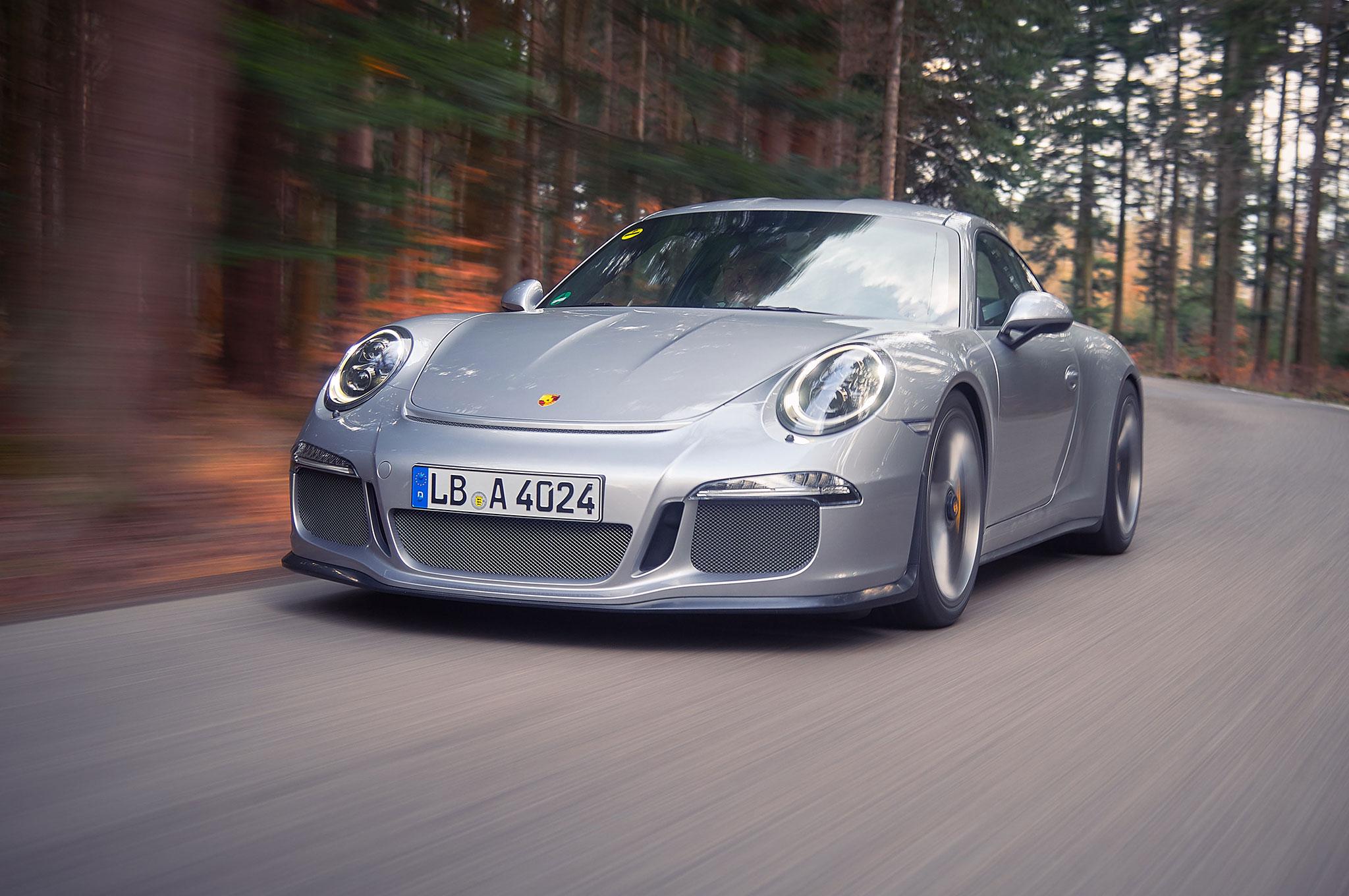 2016 Porsche 911 R Review