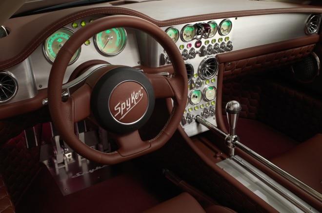 Spyker C8 Preliator interior
