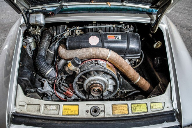 1982 Porsche 911SC engine 01