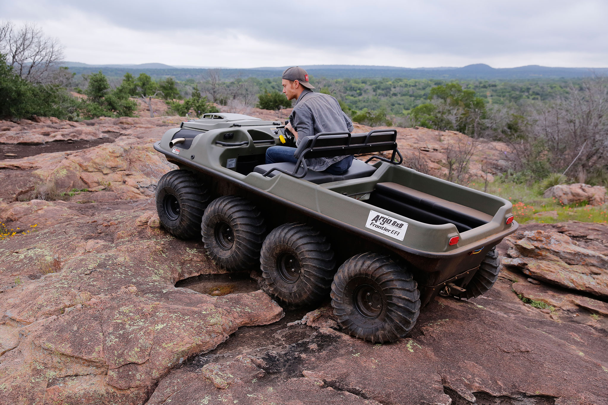 6 Passenger Vehicles >> 2016 Argo 8x8 Amphibious ATV Review