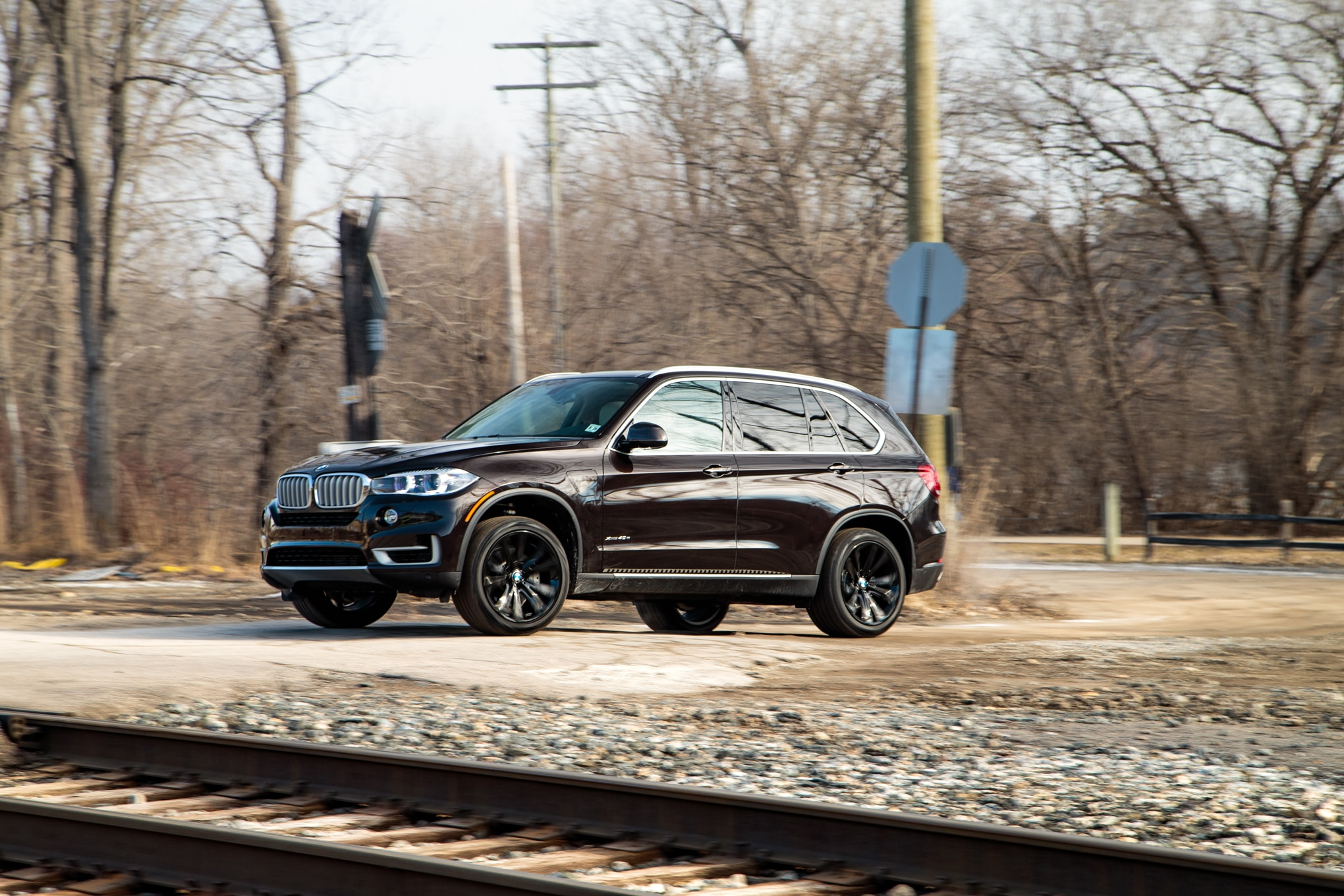 Electric or Diesel: BMW X5 xDrive40e vs  Range Rover Sport