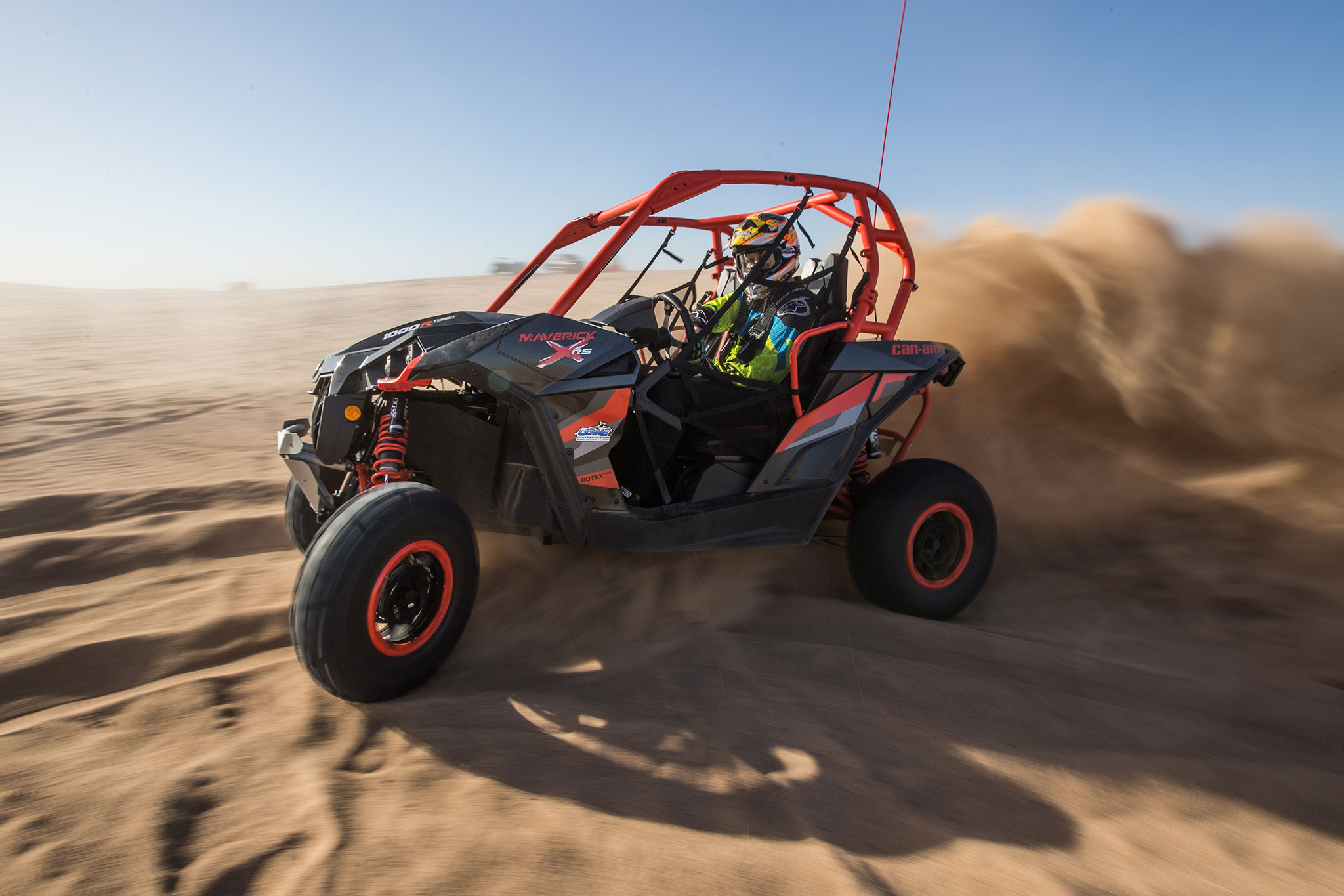 2016 Can Am Maverick X Rs Turbo Side Profile In Motion 03