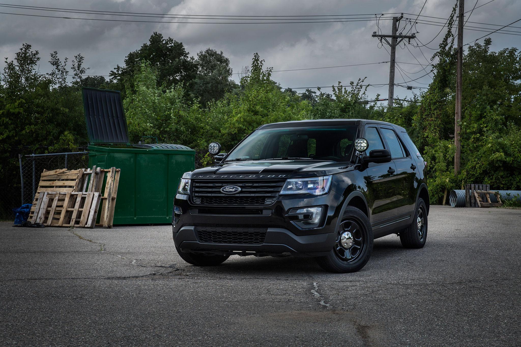 Ford Police Interceptor Utility Gets Subtle No Profile Light Bar