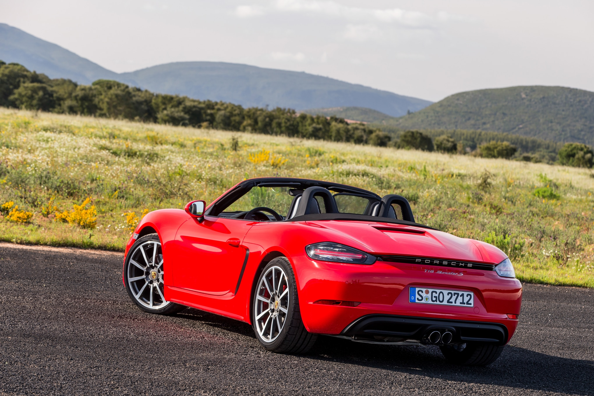 2017 porsche 718 boxster first drive review. Black Bedroom Furniture Sets. Home Design Ideas