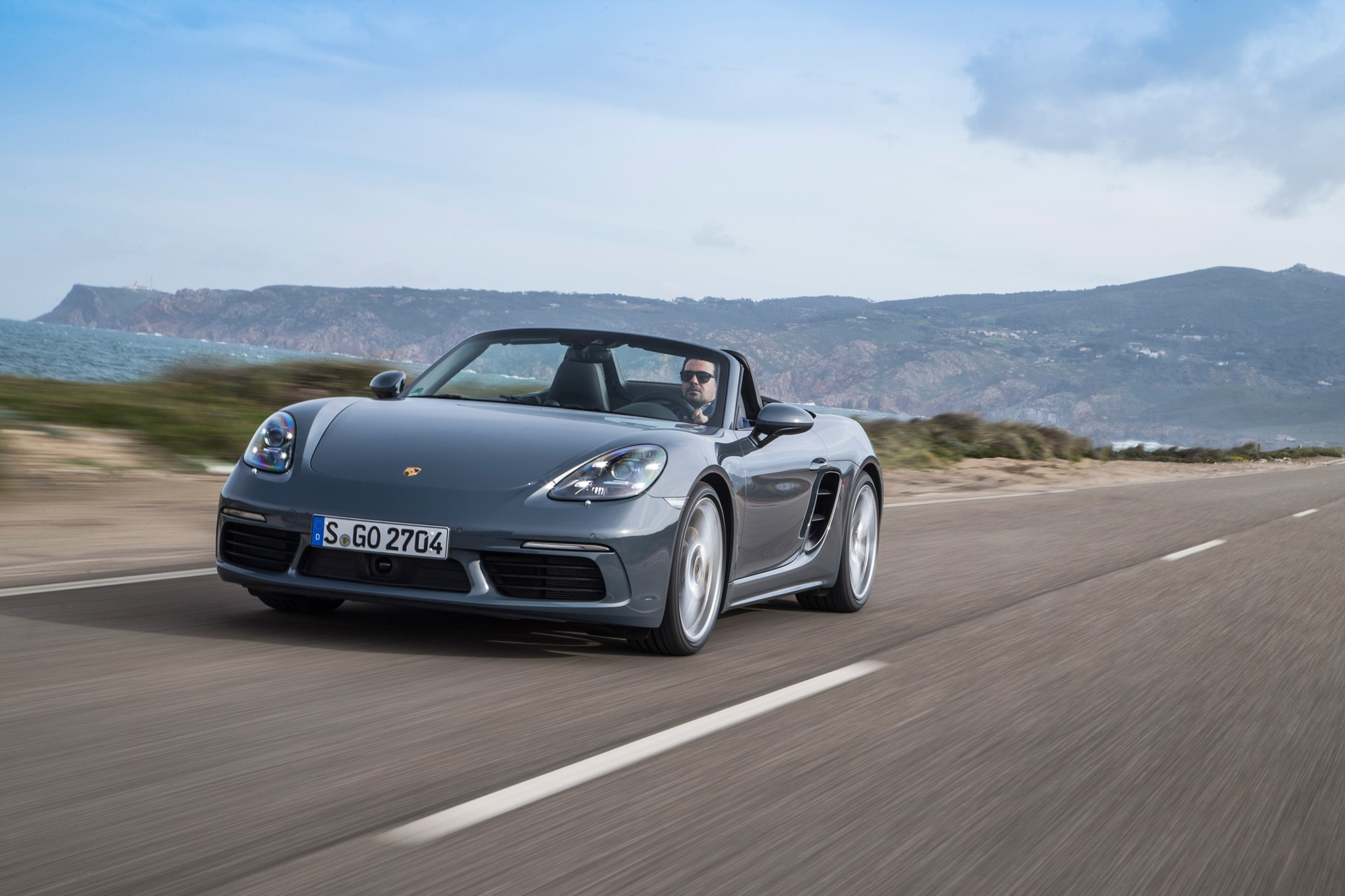 2017 Porsche 718 Boxster Front Three Quarter In Motion 02 1