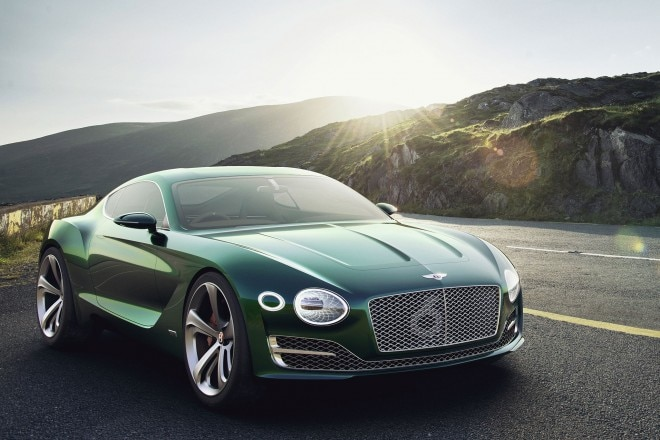 Bentley EXP 10 Speed 6 front three quarter 02