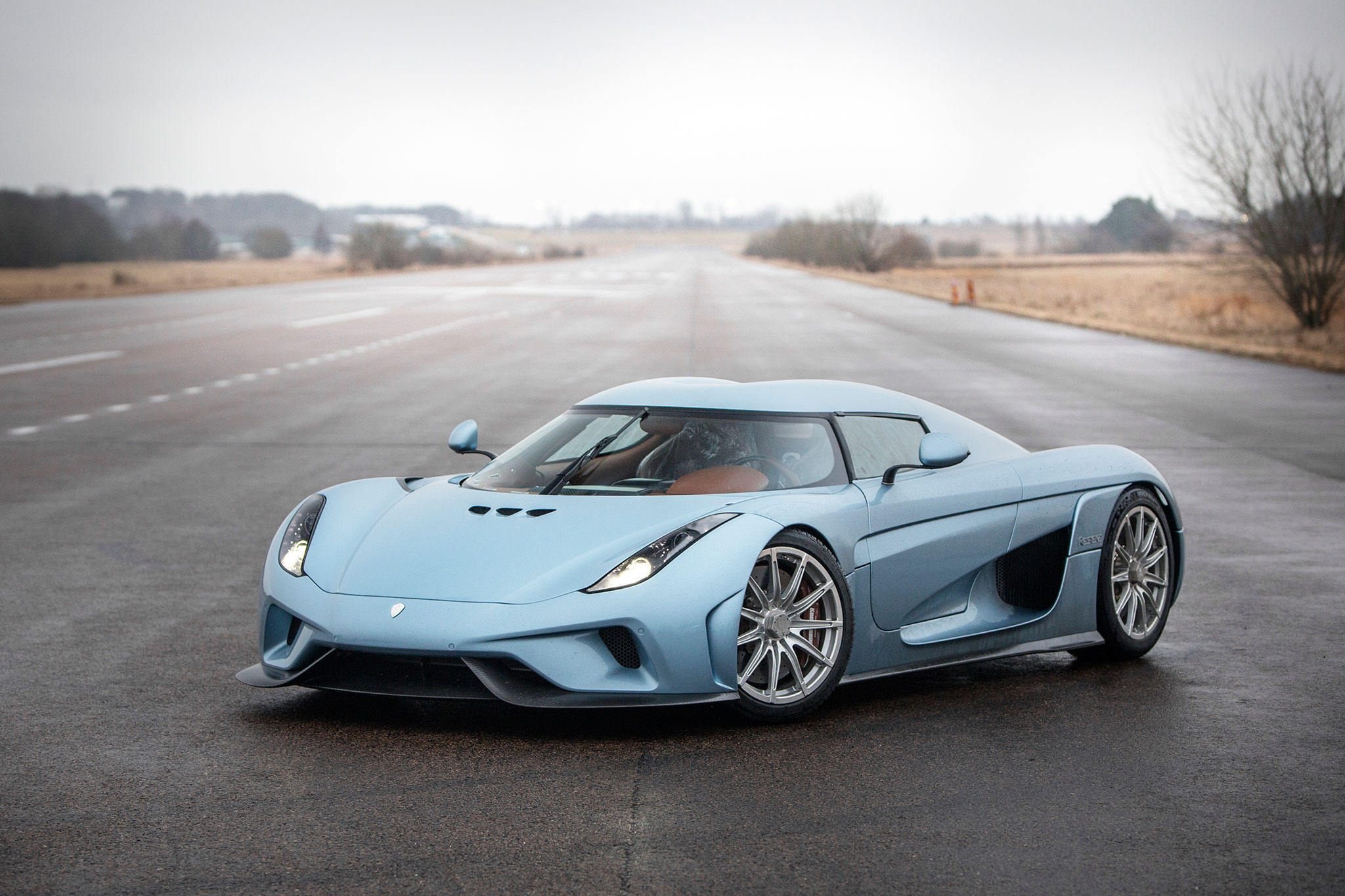 2 Door Convertible >> The new king of Sweden: Koenigsegg Regera Review
