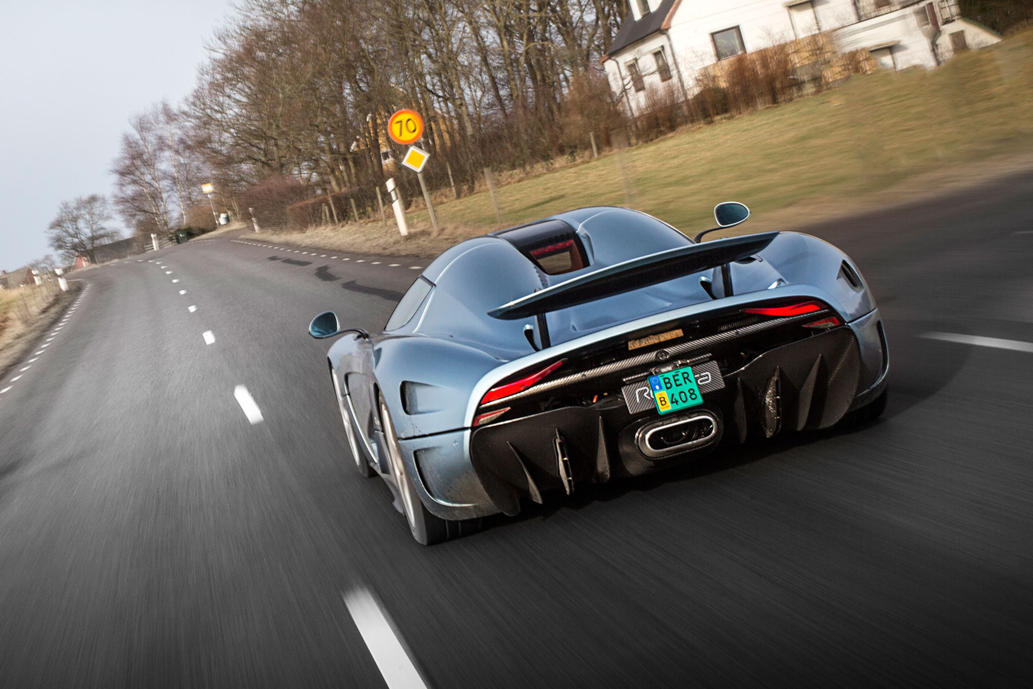 The New King Of Sweden Koenigsegg Regera Review