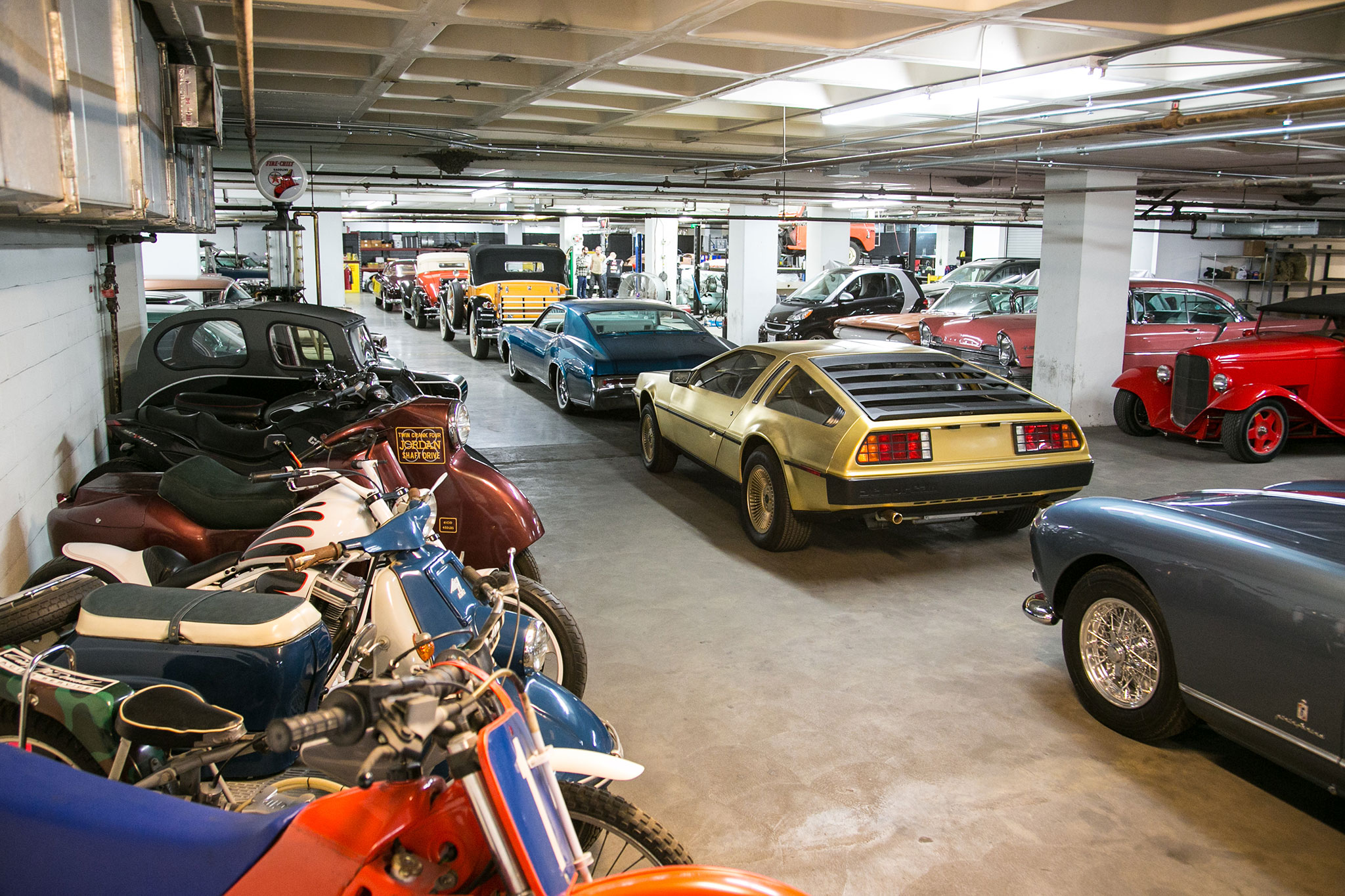 Peterson Car Museum >> A Walk Through the Newly Renovated Petersen Automotive Museum