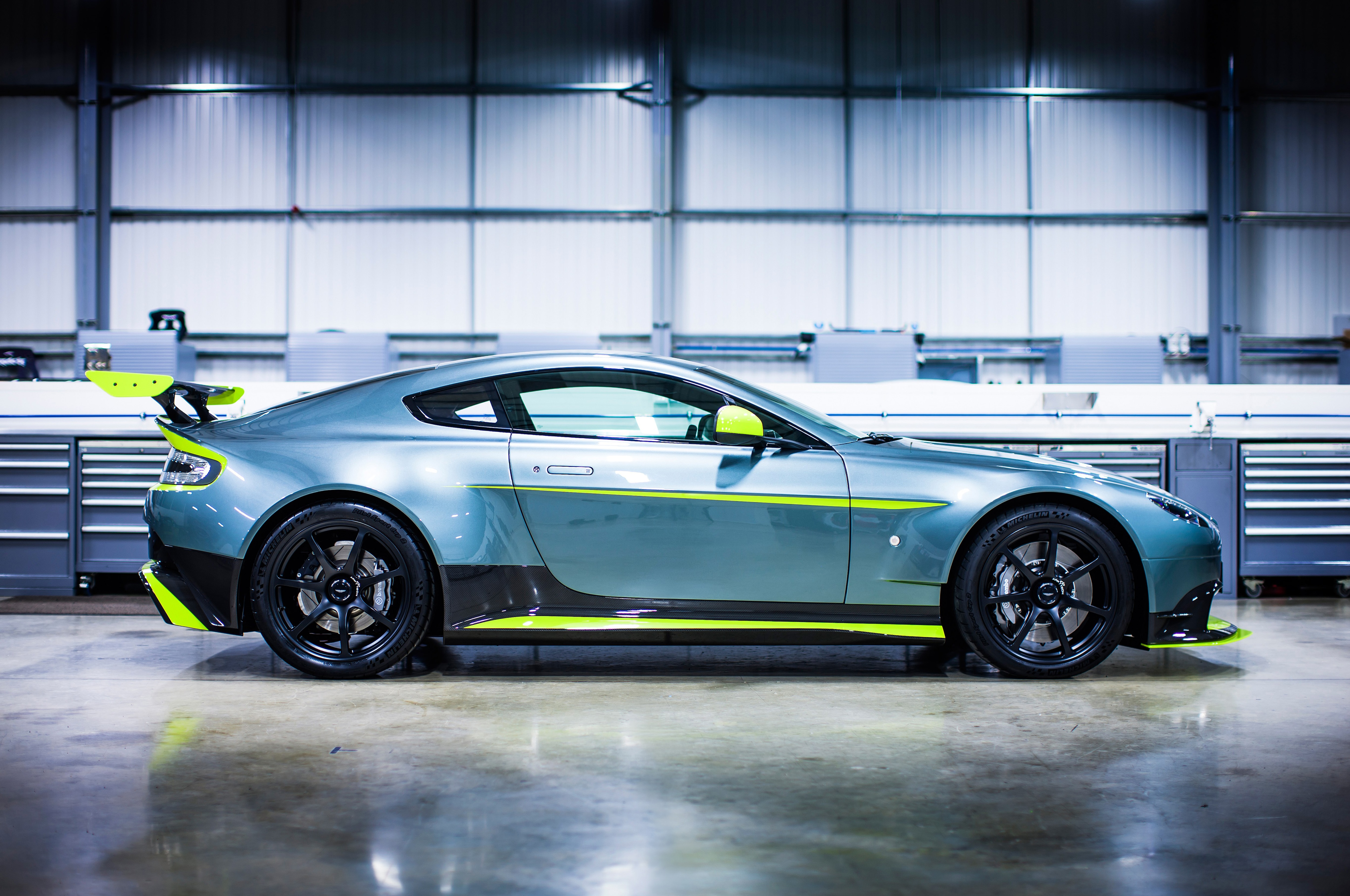 Aston Martin Gt8 >> Aston Martin Vantage Gt8 Revealed With Lemans Looks