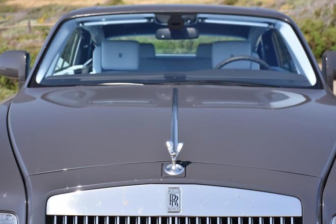 2016 Rolls Royce Phantom Coupe hood ornament and badge