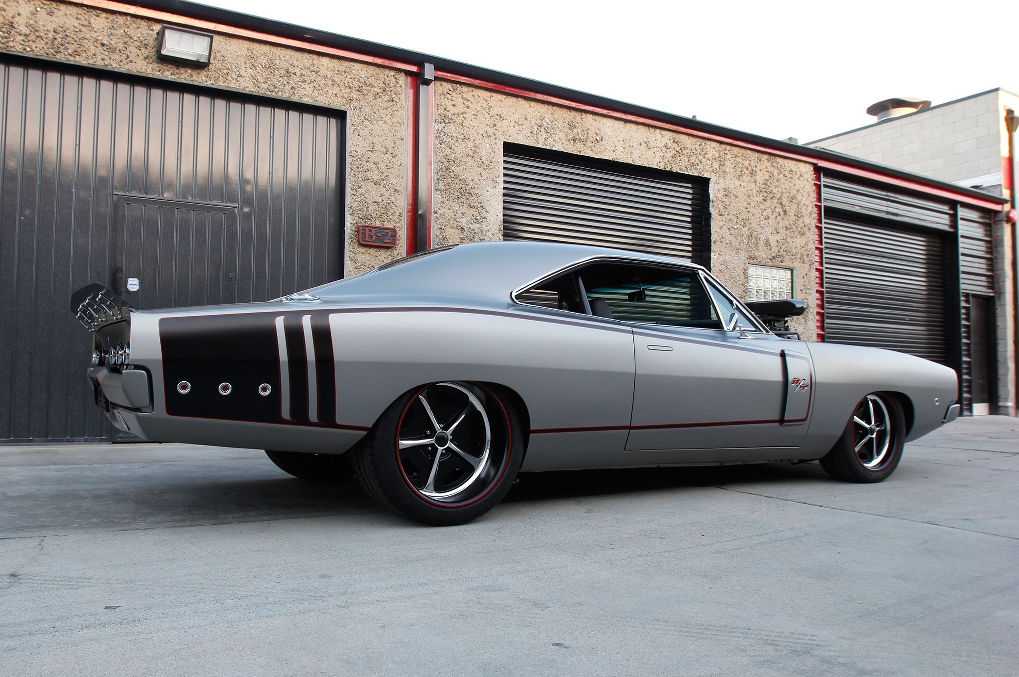 1970 dodge charger rear view side