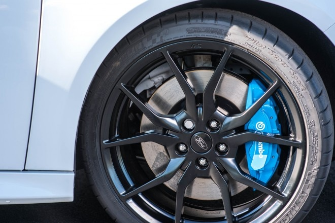 2016 Ford Focus RS wheel 1