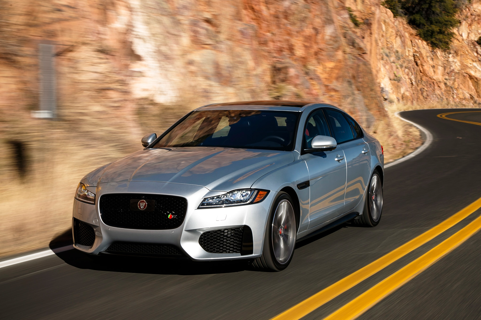 One Week With: 2016 Jaguar XF S