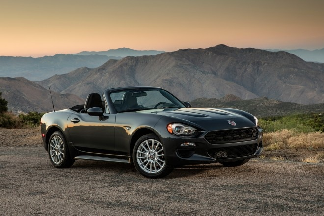 2017 Fiat 124 Spider Classica front three quarter