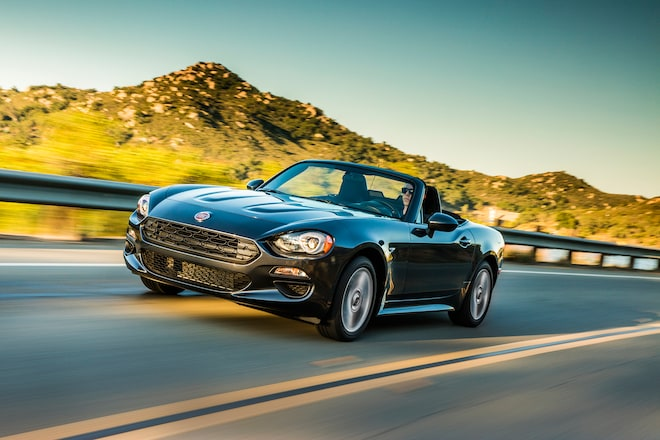 2017 Fiat 124 Spider Classica Front Three Quarter In Motion 03